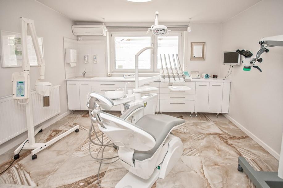 Wnętrzne gabinetu dentystycznego Hildebrandt we Wrześni Hildebrandt we Wrześni