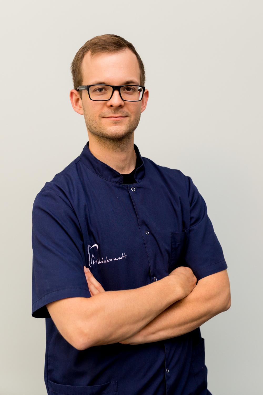 Lekarz dentysta Jacek Hildebrandt